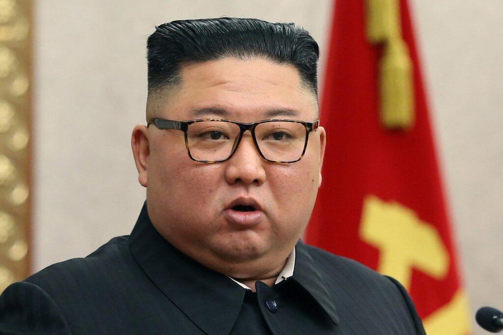 SuperSonic Radio - Blugii mulați și părul lung, interzise de Kim Jong-un