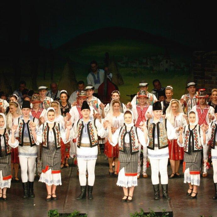 Super Folclor Romania